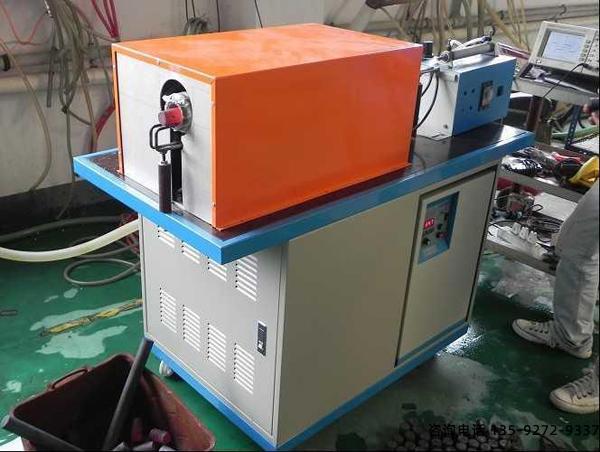 金属锻造炉-总体分离式设计