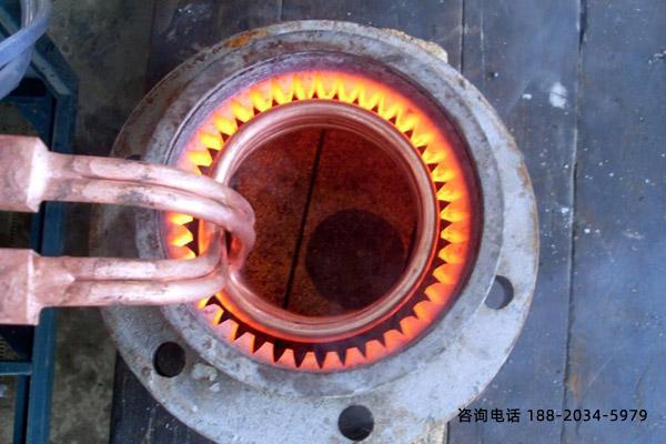 内孔高频淬火机-导磁场致冷难点