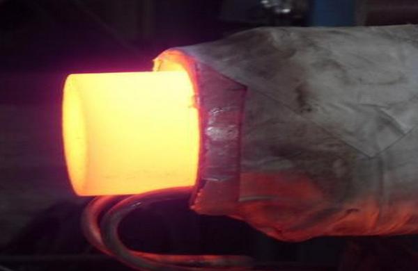 高频加热机设备在逆变时采用滤波电容
