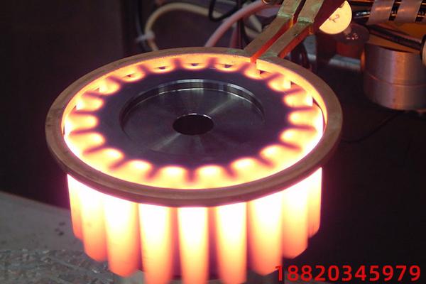 双频齿轮感应淬火生产线是如何工作的?