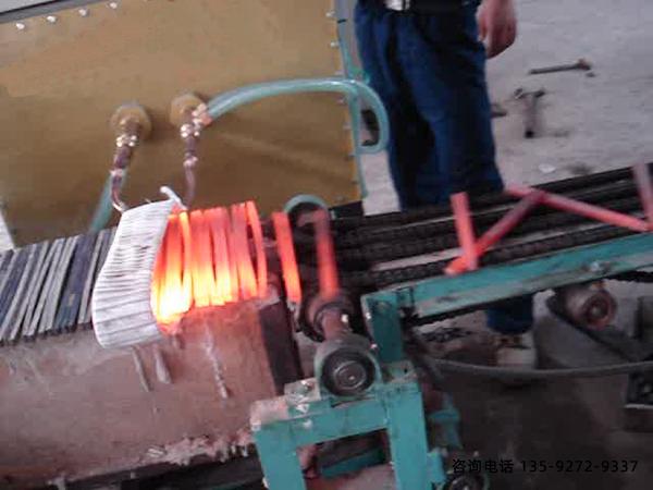 新型整体淬火设备-采用PLC控制人性化操作