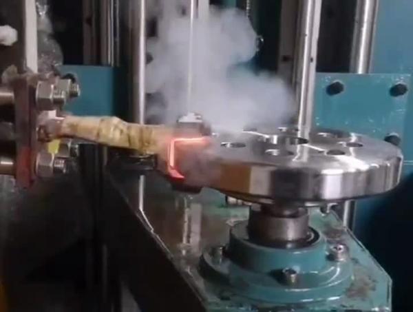 海拓中大型轴类淬火设备顺利通过预验收