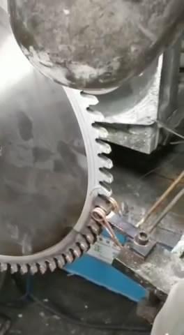 锯片齿轮淬火用高频加热机