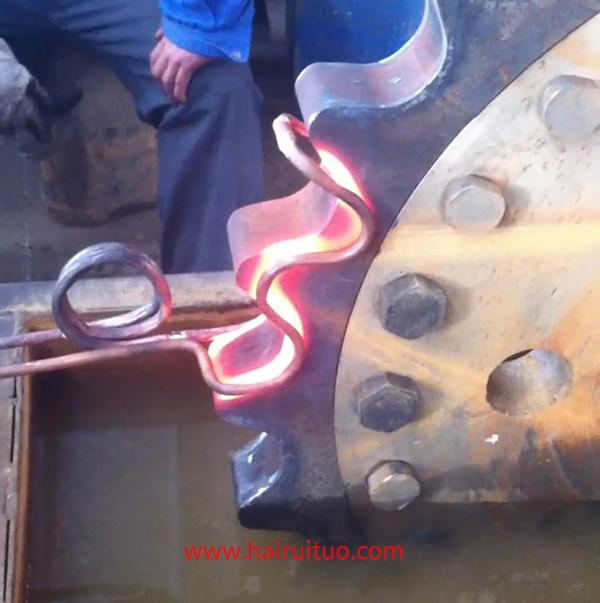 大齿轮淬火用中高频感应加热设备