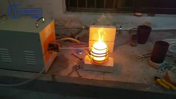40kw高频熔炼炉10KG石墨坩埚熔炼设备