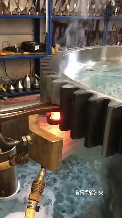 高频淬火机对齿轮单齿自动化淬火