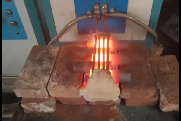 超音频感应加热设备对紧固件热镦