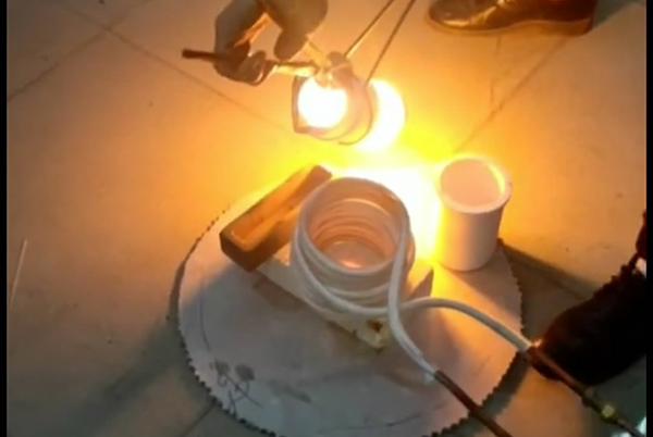小型金属熔炼设备高频熔炼炉