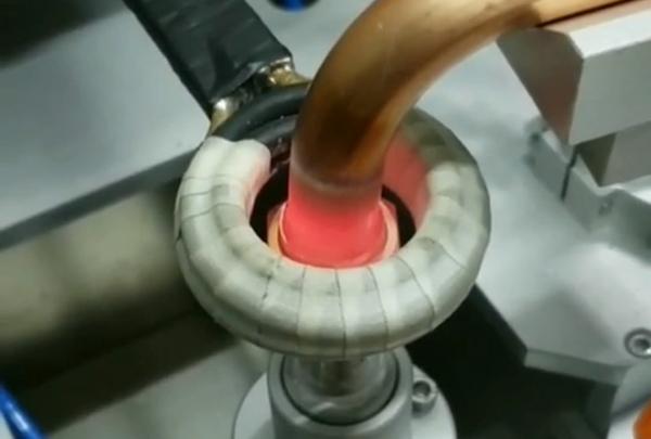 高频加热机专为铜管焊接而生-手持式高频焊机焊接铜管