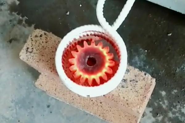 中频淬火设备链轮齿轮淬火机