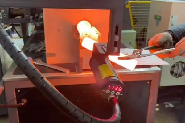 中频锻造炉,高频锻造加热炉生产线调试