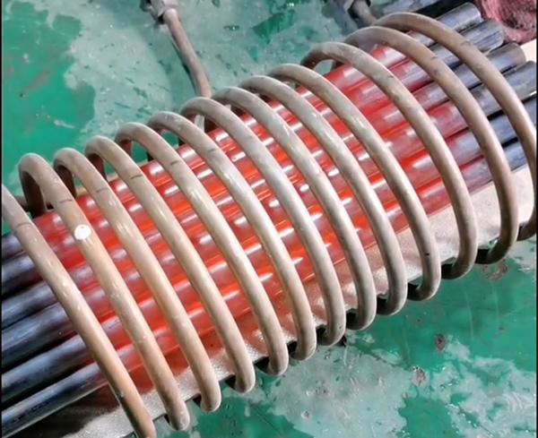 不锈钢棒批量加热用高频加热机