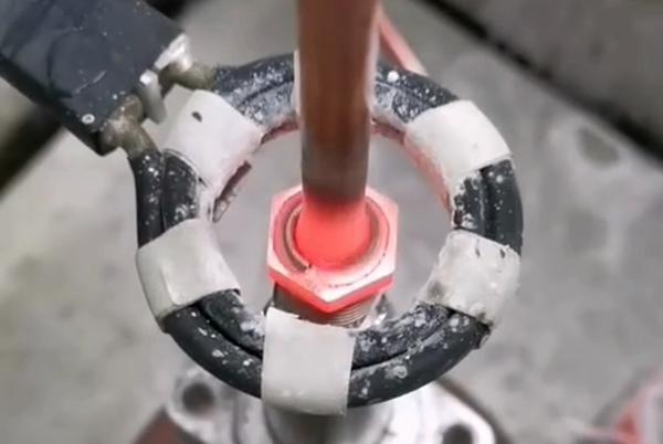 高频焊机实现自动化铜管焊接