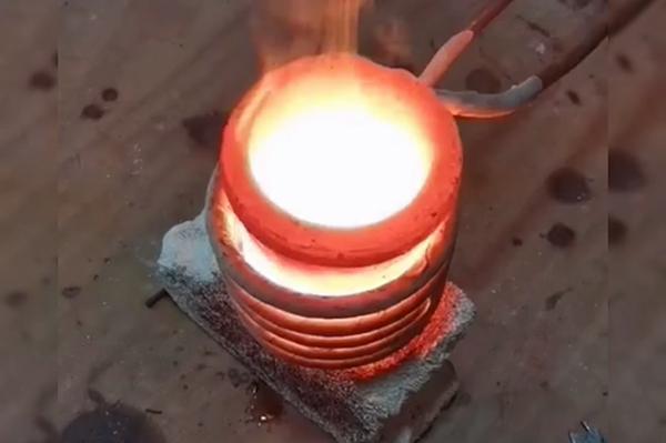 高频熔炼炉,小型贵金属熔炼设备