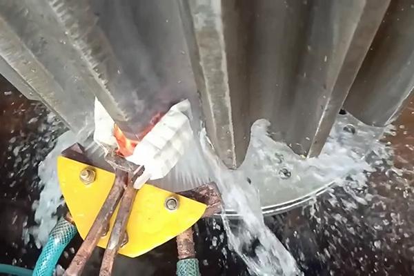 大齿轮淬火用超音频淬火设备