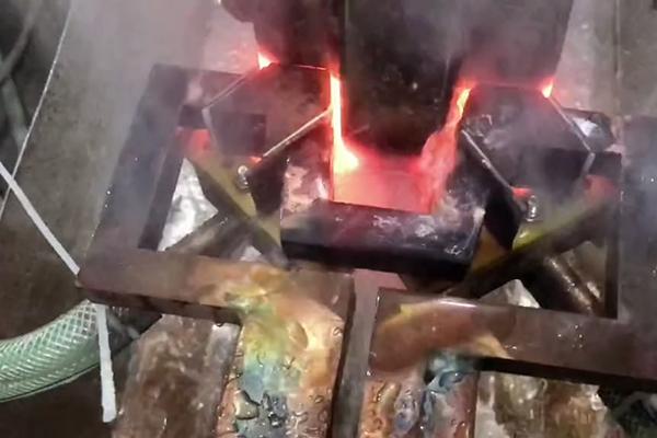 牵引轮淬火用中频淬火设备