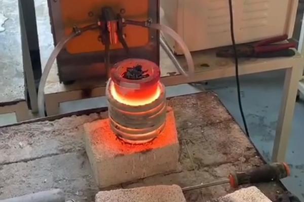 5kg小型高频熔炼炉,可熔炼金银铜铁铝合金金属